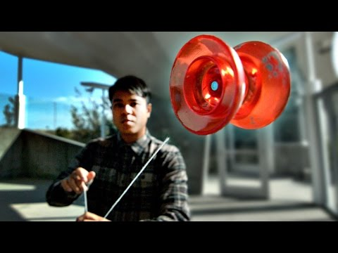 Guy Performs Crazy Tricks With Stringless YoYo