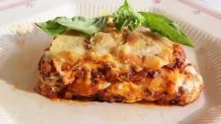 Lasagne à la viande et à la sauce béchamel