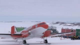 Китайский самолёт впервые совершил посадку на самой высокогорной станции Антарктиды