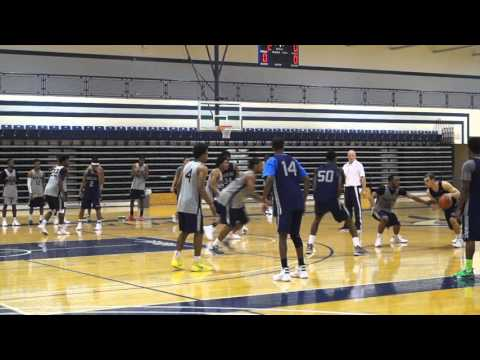 2015 Men's Basketball Practice