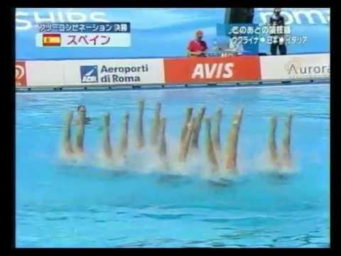 這組水上芭蕾選手在表演一開始時沒什麼特別,直到搖滾樂一播…傻眼的評審立馬嗨到送出金牌!