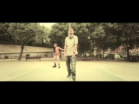 "Denay ""l astronave"" official video"