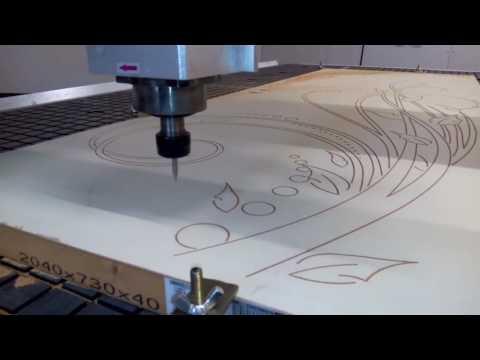 usinage cn gravure porte (видео)