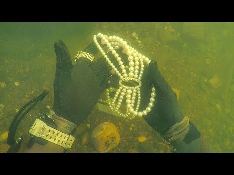Found Jewelry Underwater in River While Scuba Diving for Lost Valuables! (Unbelievable)_Diving. Best of all time