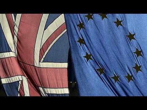 Έντονες αντιδράσεις από τις εκτιμήσεις ΟΟΣΑ για «φόρο Brexit»