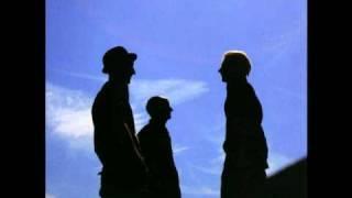 Download Lagu Zen Café - Metallinen Sheriffintähti Mp3