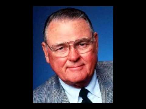 sportsandtorts - Legendary broadcaster Keith Jackson talks about his career with hosts Elliott Harris & David Spada on Sports & Torts. Brought to you by http://www.injuryinil...