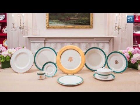 Michelle presenta il nuovo servizio da tavola della Casa Bianca
