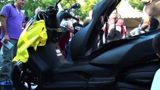 VINELIT. FERIA MUEVETE EN MOTO POR MADRID 2011. EMPRESA DEDICADA AL WRAPPING