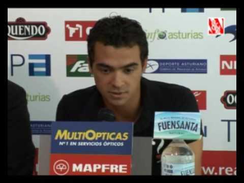 Presentación de De Las Cuevas en el Sporting de Gijón