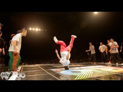 Massive Monkees vs Jinjo Crew | R16 crew semi-final battle 2012 | YAK FILMS