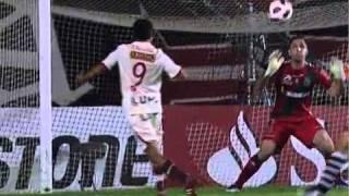 Reportagem do Globo Esporte sobre a vitória épica do Vasco sobre o Universitário do Peru na Sul-Americana