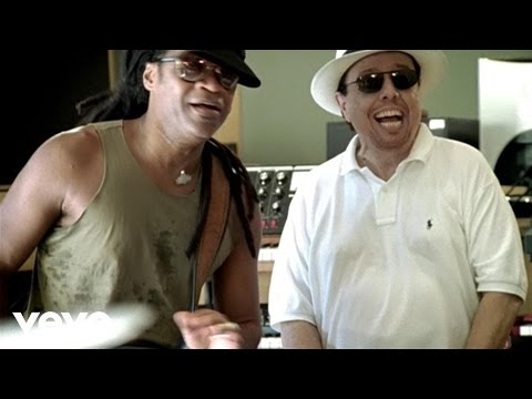 Funky Bahia (Feat. will.i.am & Siedah Garrett)