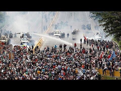 Βενεζουέλα: Νέα αιματηρά επεισόδια σε αντικυβερνητική διαδήλωση
