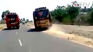 Nonton Video Of 2 Racing Buses In Coimbatore Goes Viral, Licences Of Drivers Suspended Film Subtitle Indonesia Streaming Movie Download