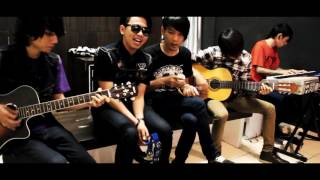 Video Last Kiss From Avelin - Sesak Dalam Gelap MP3, 3GP, MP4, WEBM, AVI, FLV Mei 2019