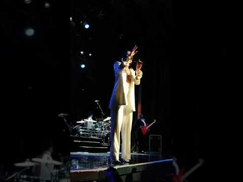Jessie J - Who You Are - R.O.S.E. Tour Vancouver