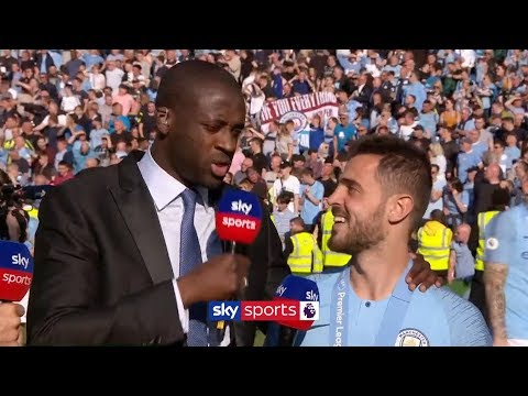 Yaya Toure interviews Bernardo Silva on the pitch after Man City win the Premier League - Thời lượng: 3:57.