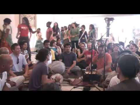 Video Bhajan - KulimeLA Day 3 - Vijay Krsna das (2/6) download in MP3, 3GP, MP4, WEBM, AVI, FLV January 2017