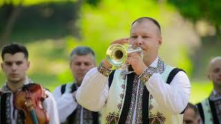Download Lagu Orchestra Fratilor Advahov și Ruslan Andreev - Hora de Concert Mp3