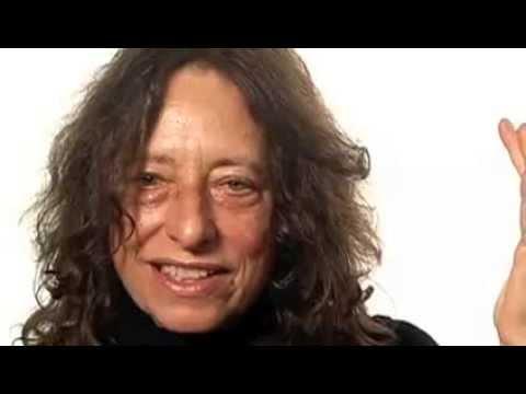 EDGR 502- Pioneer in Character Education: Carol Gilligan (видео)