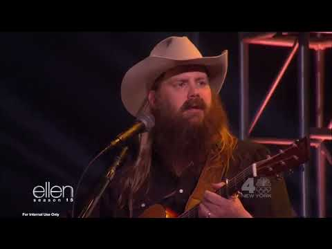 Chris Stapleton performs