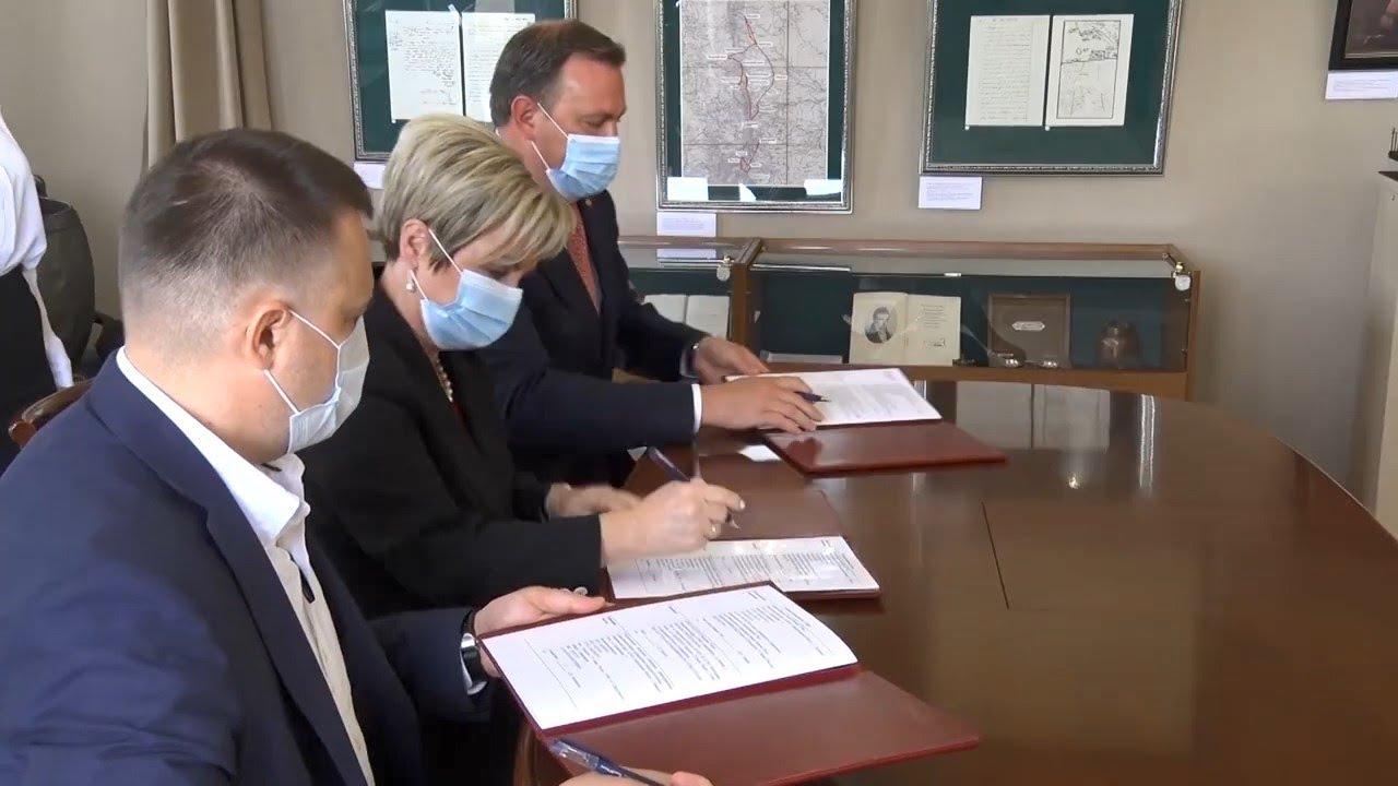 Медицина в школах - подписано Соглашение о сотрудничестве в сфере подготовки медицинских кадров