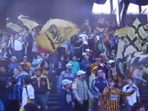 Hinchada de Almirante Brown en cancha de Racing 2007 - La Banda Monstruo - Almirante Brown