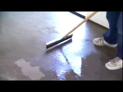 How to Apply Epoxy Sealer to Your Garage Floor