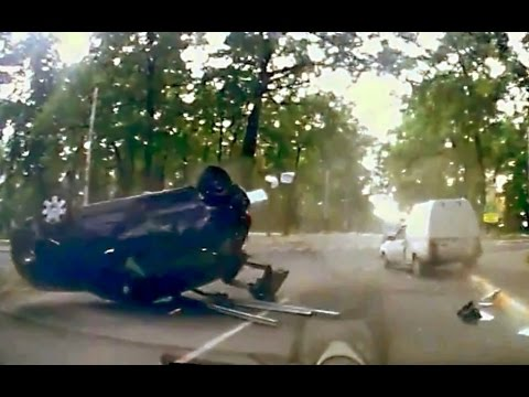 Crash - Like Us On Facebook http://www.facebook.com/CarCrashCompilationTV All crashes in this video are non-fatal.Take this video as a learning tool. This video is only for educational purposes. Be...