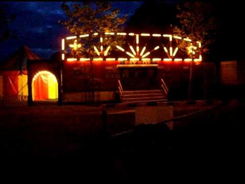 FLASHING LIGHTS TO DAZZLE..AVI