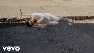 Daniel Woolhouse releases 'Skeleton' (strings version)
