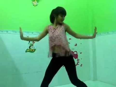 [Hot Girl Khả Ngân] Nhảy hiện đại 7