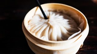 Lately, there's been a line outside Drunken Dumpling in Manhattan's East Village. Diners (and Instagrammers) are waiting for bamboo steamer baskets filled ...