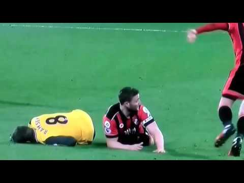 Bournemouth vs Arsenal Fight/Francis Red Card