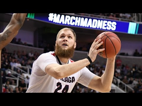 Mark Few On Przemek Karnowski's Journey From Poland | CampusInsiders (видео)