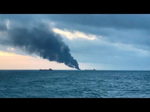Νεκροί από φωτιά σε πλοία στο στενό του Κερτς