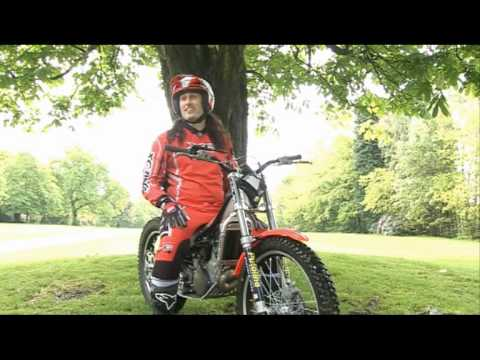 Fifth Gear Behind the Scenes with Ross Noble