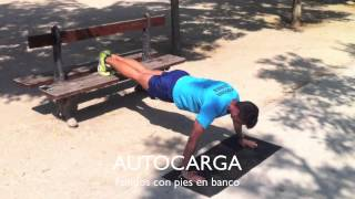 Urban fit fondo con pies en banco