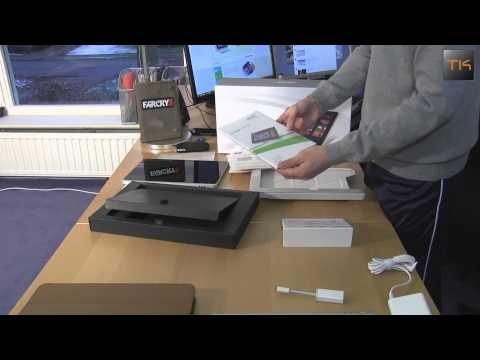 Unboxing: Acer Iconia W7 (W700) Windows 8 Tablet And First Start Up By TKProducers