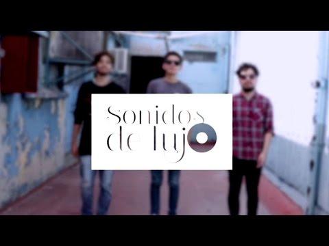 Caova es una banda originaria de la Ciudad de México, que inició en 2015