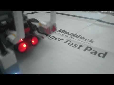 LEGO EDICATION  следование по чёрной линии (видео)