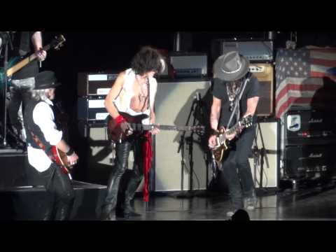 Johnny Depp et Aerosmith en live !