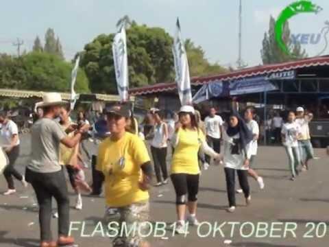 YAKKUM Emergency Unit - Flash Mob Perempuan Berdaya dan Siaga
