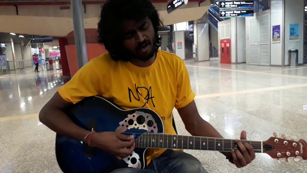 Awesome Guitar Artist Played the Bollywood Songs