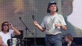 Mac DeMarco - No Other Heart [Live at Falls Festival, Byron Bay, NSW - 02-01-2016]