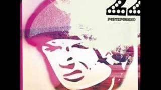22-Pistepirkko  -  I'M A MOON AROUND YOU