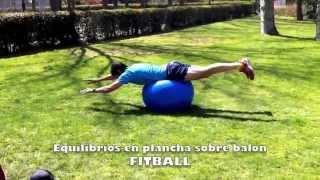Equilibrios en plancha sobre fitball