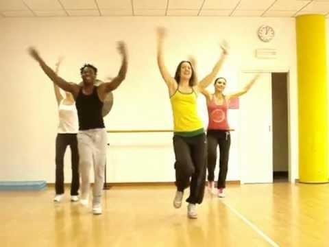Limbo Daddy Yankee Choreography Zumba by Cristian Bonet