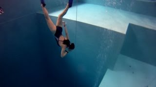 Nemo 33 : The Deepest Pool in the World [HD] - YouTube